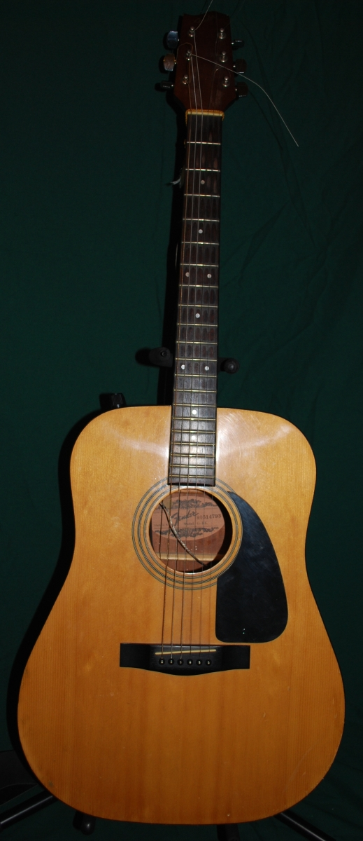Fender G-IIE