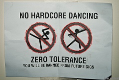 NO HARDCORE DANCING