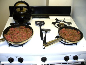 groundbeef-bothpansonstove